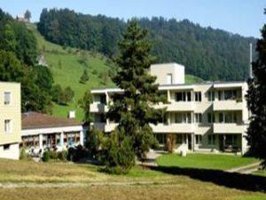 Alterswohn- und Pflegeheim Weiherwies