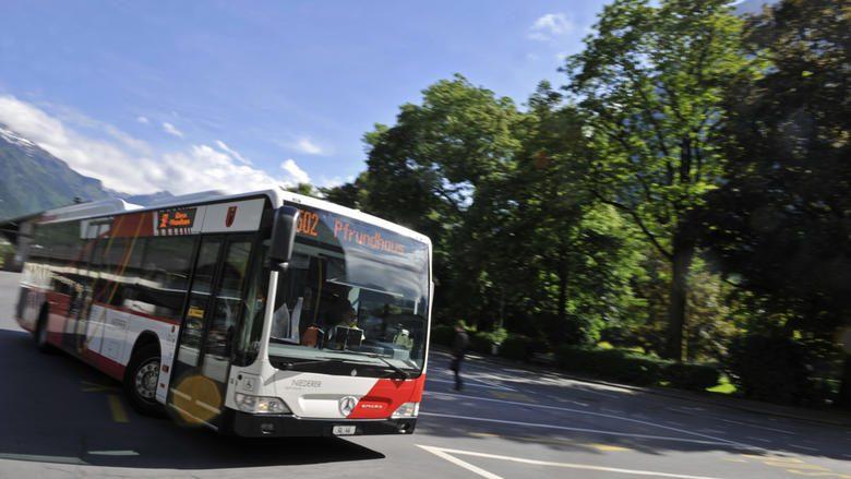 Glarus soll an Kleinbus zu den Altersheimen zahlen