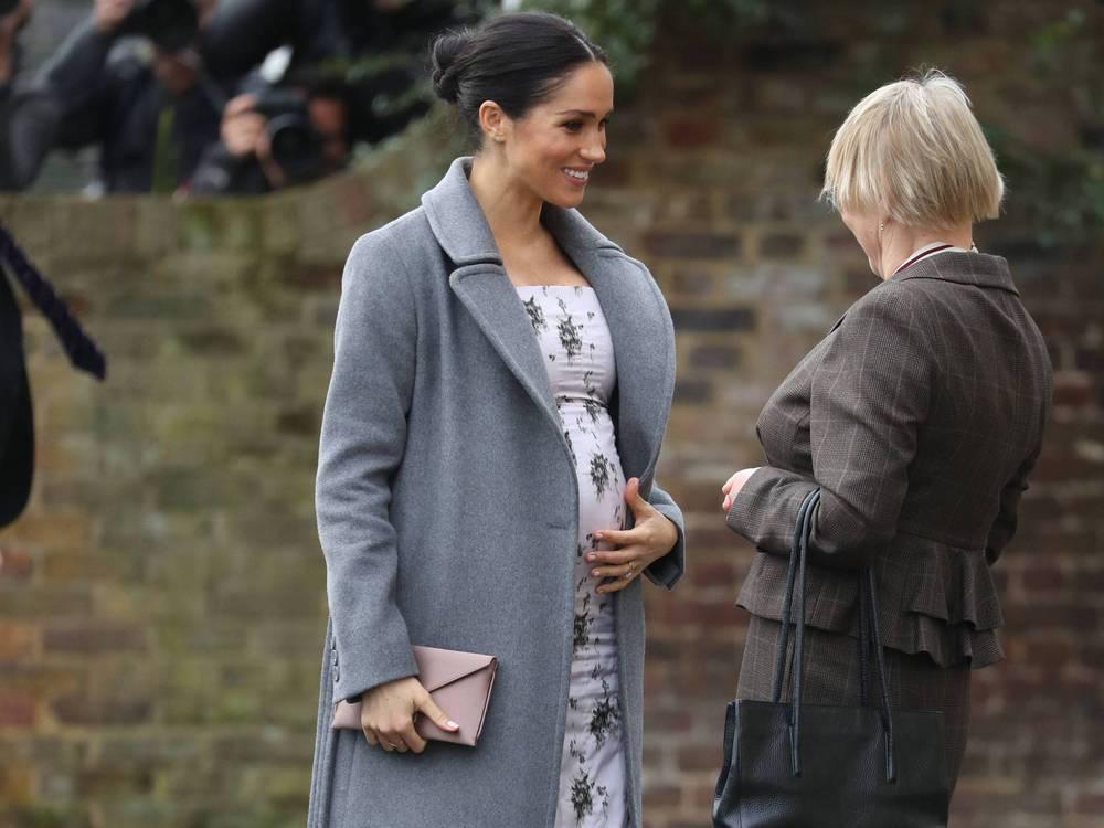 """Herzogin Meghan: Kurz vor Weihnachten fühlt sie sich """"sehr schwanger"""""""
