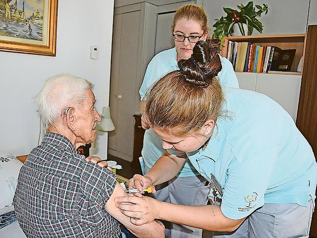 Pflegeausbildung: Englischgruss geht neue Wege