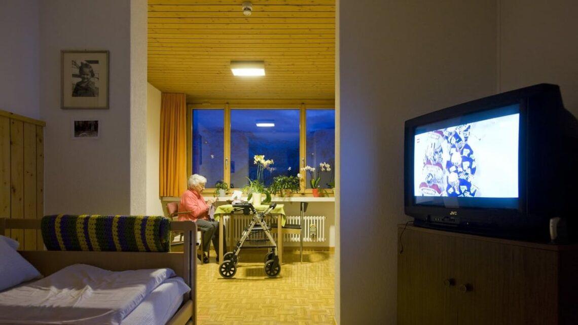 Leben im Alter - Im Aargau stehen Pflegebetten leer, trotzdem werden neue geplant