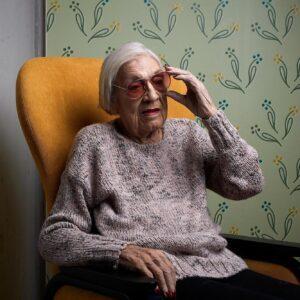 Augustine Dietinger, 92, legt viel Wert aufs Aussehen: «Ich will nicht wie eine Hundertjährige aussehen.»